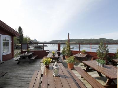 Ole B Stuene i Lysefjorden